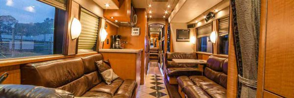 Entertainer Bus Rental